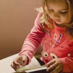 Ինչպե՞ս անել, որպեսզի երեխան սովորի հաճույքով
